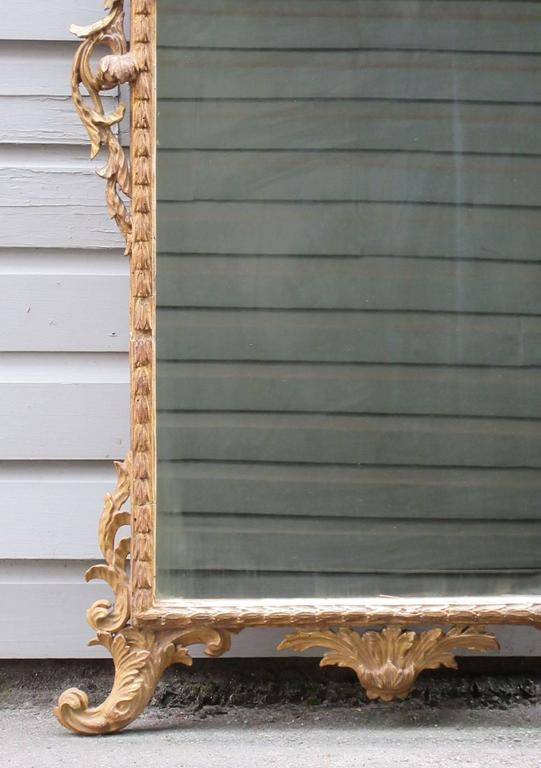 18th Century Italian Venetian Rococo Giltwood Mirror with Chinoiserie Details