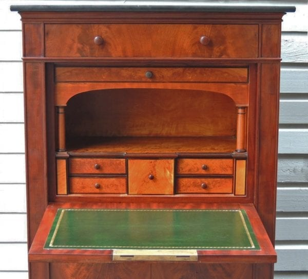 19th Century New York Mahogany Secrétaire à Abattant with Tulipwood